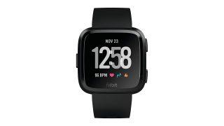 Fitbit-Versa-320x180 I migliori Smartwatch in offerta per il Cyber Monday di Amazon Amazon